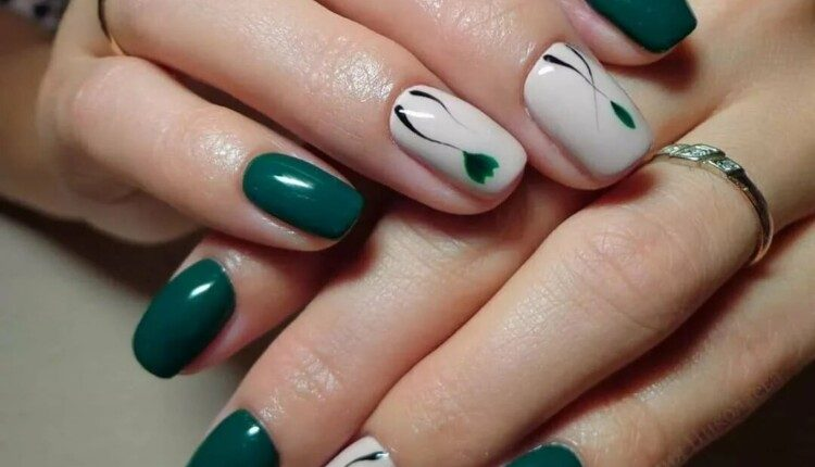 manikiur v smarahdovomu kolori 3
