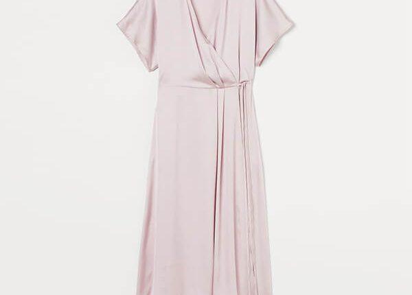 атласна сукня